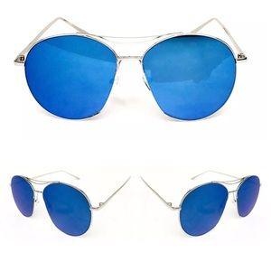 Accessories - ✨New! Oversized Flat Blue Mirror Aviator Sunnies
